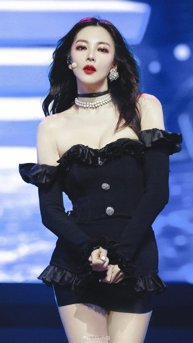 Song Hye Kyo Trung Quốc gây choáng toàn tập với body chấp cả idol Kpop, tìm hiểu kỹ mới biết đây là mẹ bỉm U35 có 2 con - Ảnh 7.