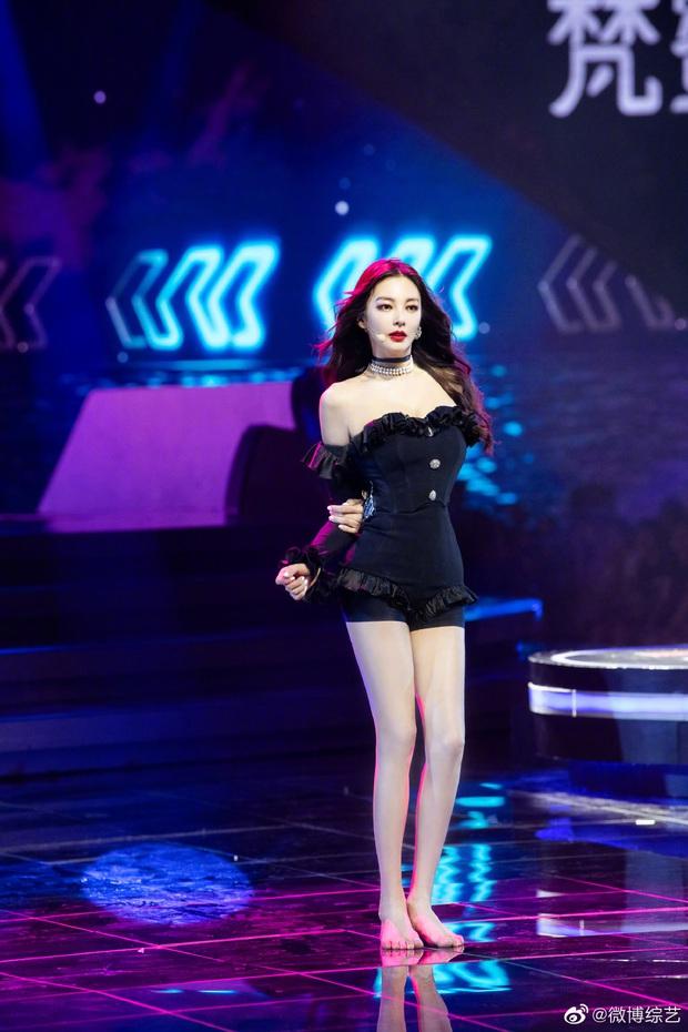 Song Hye Kyo Trung Quốc gây choáng toàn tập với body chấp cả idol Kpop, tìm hiểu kỹ mới biết đây là mẹ bỉm U35 có 2 con - Ảnh 5.