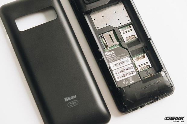 Trên tay BKAV C85 giá 500.000 đồng: Pin 3000mAh, chạy KaiOS, hỗ trợ 4G, tiếc rằng không có Wi-Fi - Ảnh 13.