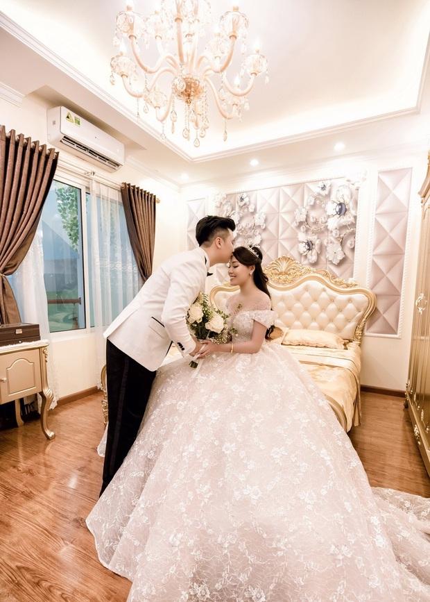 Trước khi bị phụ bạc, Âu Hà My từng hóa công chúa trong đám cưới cổ tích với 3 bộ váy cưới đính kim cương giá 1 tỉ đồng - Ảnh 4.