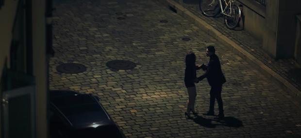 Dàn nữ chính MV Vpop chịu cái kết tủi hờn khi xuất hiện tiểu tam: Người ra đi đầy bẽ bàng, kẻ ngậm đắng nuốt cay lùi về sau - Ảnh 33.