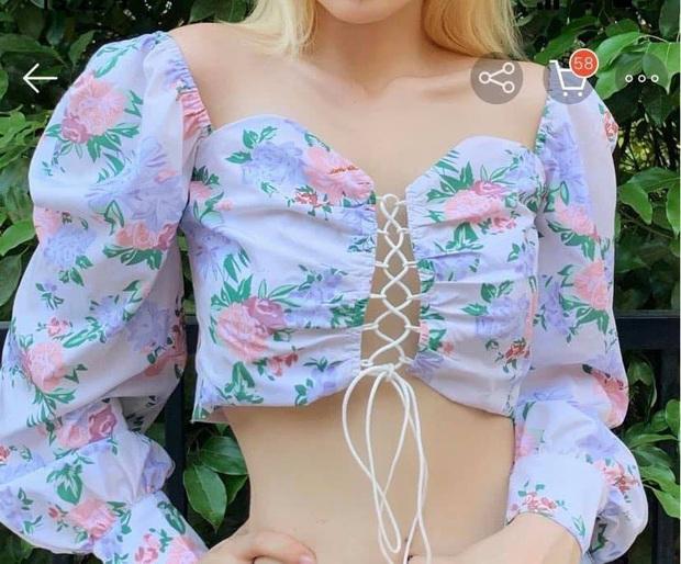 Phục Lisa sát đất: Cố tình mặc ngược crop top để ra kiểu áo mới kín đáo hơn nhưng vẫn xinh hết nấc - Ảnh 1.