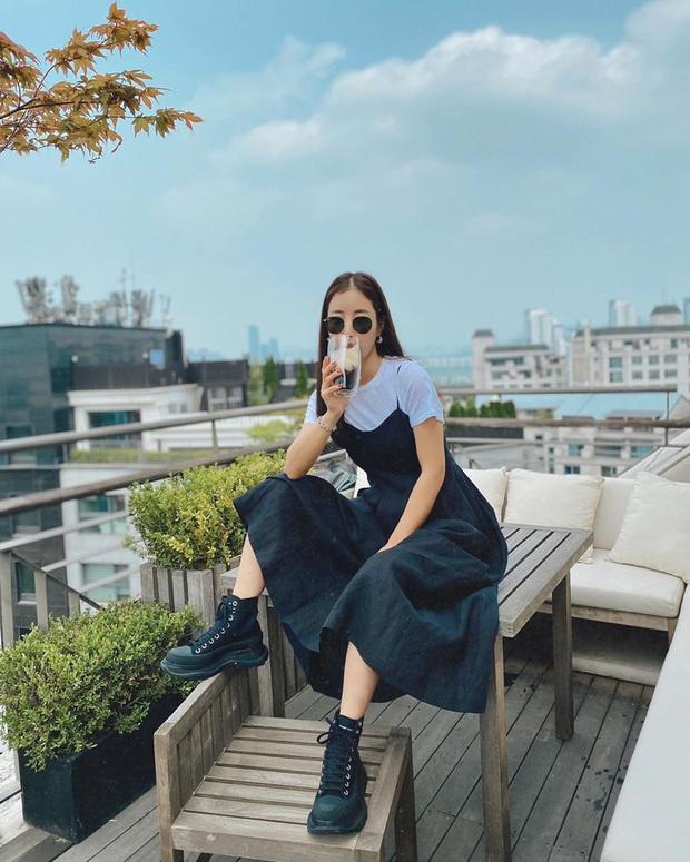 Sao Hàn có 10 cách diện áo phông trắng xinh nức nở, bạn cứ học theo là style chẳng bao giờ bị chê nhạt - Ảnh 7.
