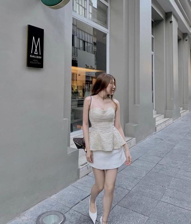 Để hô biến vòng 1 khiêm tốn thành ra gì này nọ, các nàng chỉ cần sắm áo cúp ngực sexy chanh sả là xong - Ảnh 17.