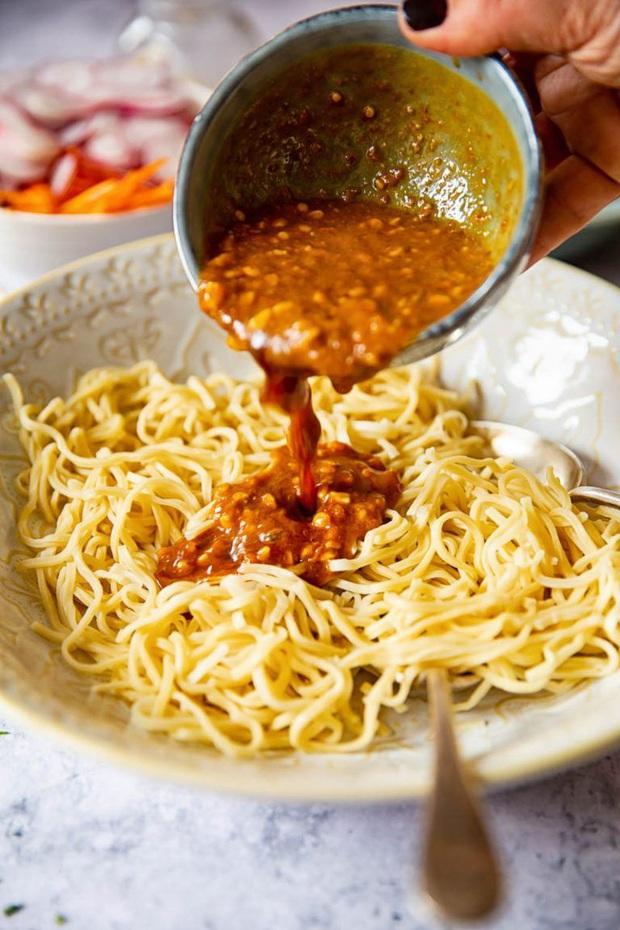 5 loại thực phẩm thuộc danh sách đen, đừng nên ăn chúng khi bụng đói nếu không sẽ gây viêm loét, chọc thủng dạ dày - Ảnh 4.