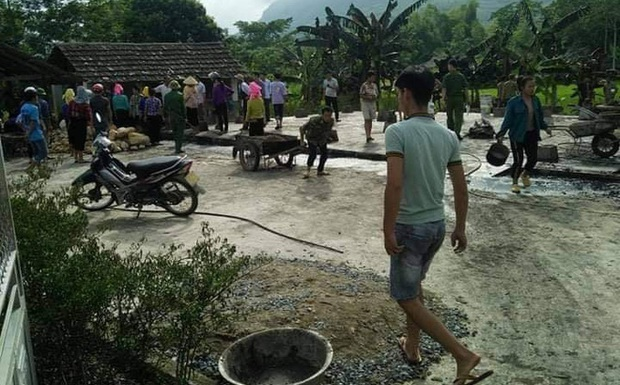Nam thanh niên dùng bình ga châm lửa đốt nhà, sau đó được phát hiện tử vong dưới ao - Ảnh 1.
