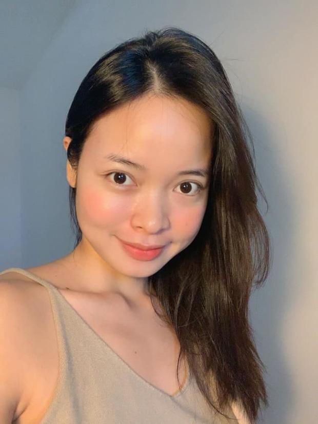 Beauty bloger da hỗn hợp thiên dầu bật mí 3 sản phẩm quyết định làn da mịn màng căng bóng  - Ảnh 2.