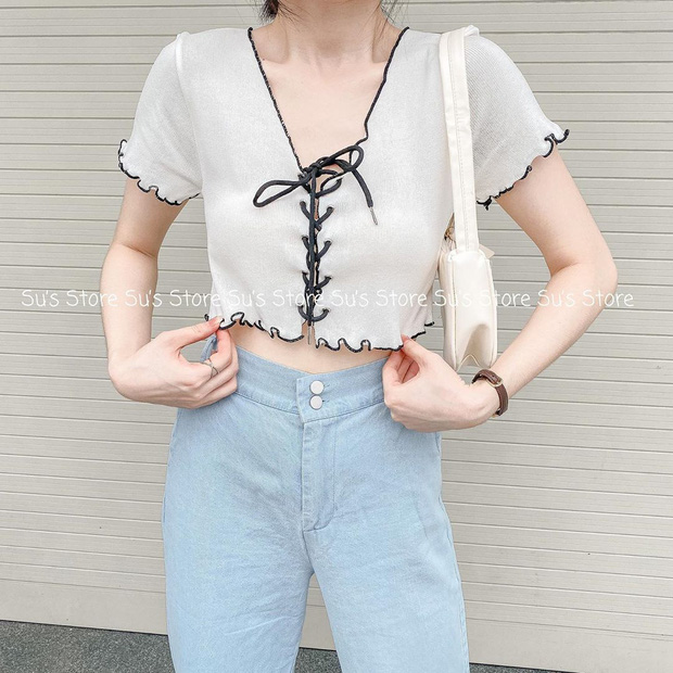 Phục Lisa sát đất: Cố tình mặc ngược crop top để ra kiểu áo mới kín đáo hơn nhưng vẫn xinh hết nấc - Ảnh 8.