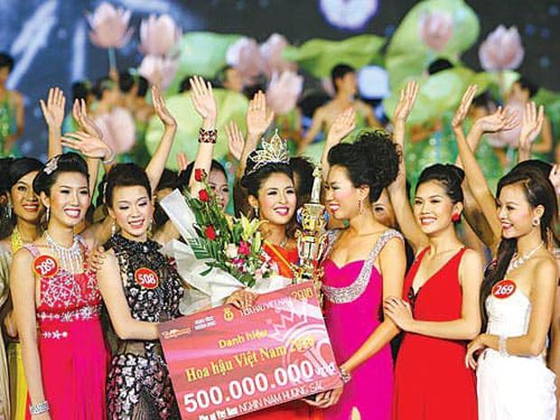 Hoa hậu không scandal Ngọc Hân sau 10 năm đăng quang: Diện mạo thay đổi ngoạn mục, bất ngờ lần lột xác cá tính mới đây - Ảnh 2.