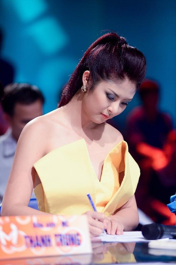 Hoa hậu không scandal Ngọc Hân sau 10 năm đăng quang: Diện mạo thay đổi ngoạn mục, bất ngờ lần lột xác cá tính mới đây - Ảnh 7.