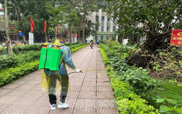 Bắc Ninh rà soát những người liên quan hai bệnh nhân sốt và đau họng về từ Hải Dương - Ảnh 1.