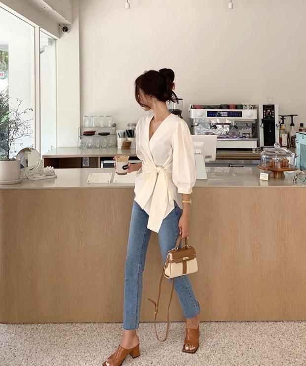 5 kiểu áo siêu hợp với quần skinny jeans, áp dụng thì chị em sẽ không bao giờ thất bại trong chuyện mặc đẹp - Ảnh 11.