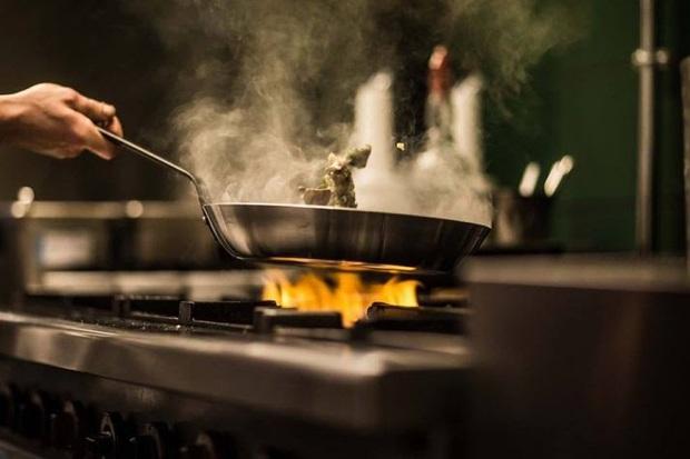 4 mẹo trong quá trình nấu ăn, giúp ngăn chặn phân hủy vitamin trong thức ăn, đảm bảo đủ dinh dưỡng cung cấp cho cơ thể - Ảnh 3.