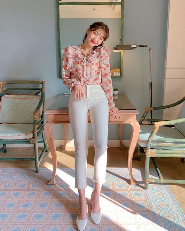 5 kiểu áo siêu hợp với quần skinny jeans, áp dụng thì chị em sẽ không bao giờ thất bại trong chuyện mặc đẹp - Ảnh 6.
