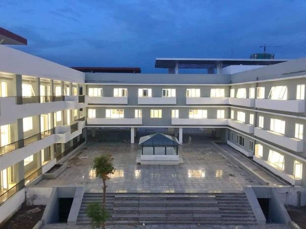 Trường chuyên ở Ninh Bình sang chảnh như resort 5 sao, đi vài bước lại ra ảnh nghìn like - Ảnh 3.