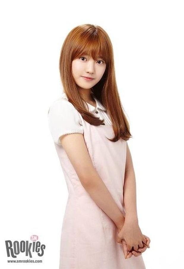 Góc hú hồn: Bích Phương bí mật sang Hàn làm thực tập sinh, chuẩn bị debut trong nhóm nữ mới của SM đấy à? - Ảnh 7.