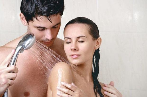 Sau khi quan hệ, 3 việc đàn ông không được làm, 2 điều đối với phụ nữ không được chậm trễ - Ảnh 1.