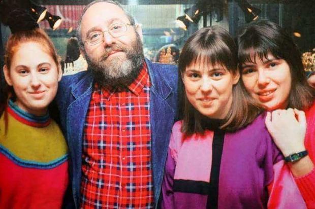 Biến 3 cô con gái nhỏ trở thành đối tượng thí nghiệm, ông bố không ngờ 30 năm sau nhận về một kết quả khó tin - Ảnh 3.