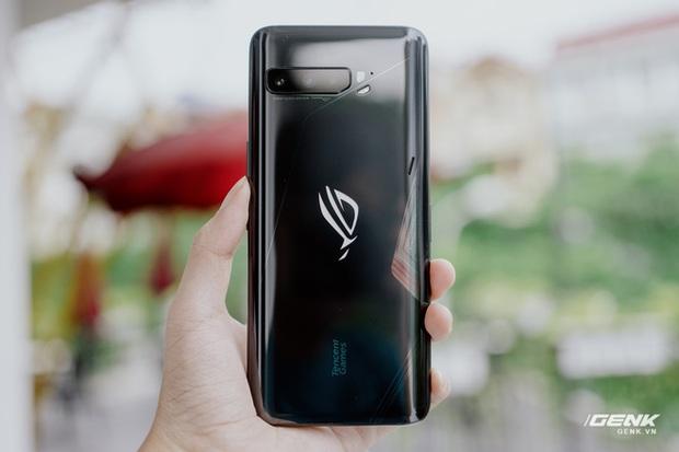 Trên tay quái vật gaming ROG Phone 3: Snapdragon 865+, màn hình 144Hz, pin 6000mAh, giá từ 14,5 triệu đồng - Ảnh 5.