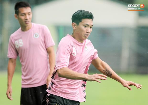 CLB TP.HCM đừng vội khóc vì vắng Công Phượng, Huy Toàn bởi Hà Nội FC còn mất nhiều hơn - Ảnh 2.