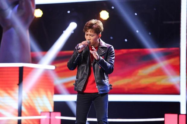 Rời công ty Đông Nhi, Anh Tú The Voice gây sốt khi trở thành ca sĩ bí ẩn hỗ trợ dàn thí sinh Rap Việt - Ảnh 8.