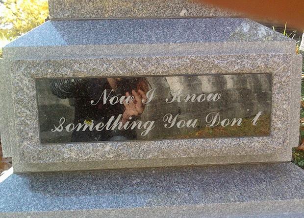 19 câu hài hước trên bia mộ của những người đã khuất nhưng độ lầy thì trường tồn cùng thời gian - Ảnh 10.