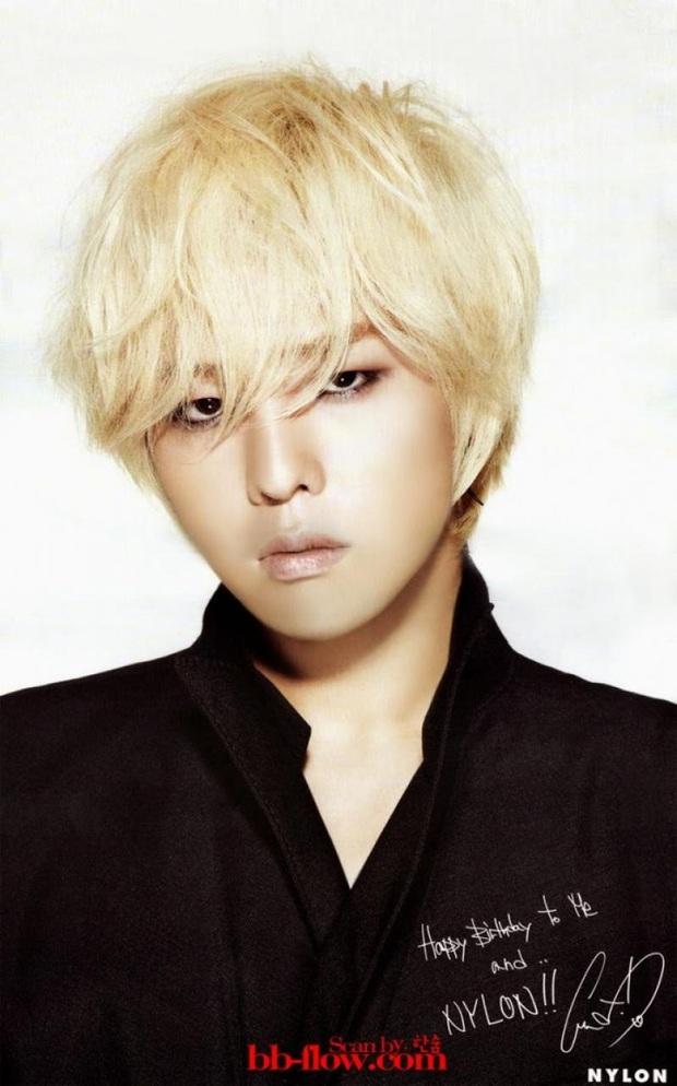 """10 idol Kpop có đôi mắt """"tam bạch"""" cực hiếm: Tưởng khuyết điểm nhưng giúp Lisa (BLACKPINK), V (BTS) nâng tầm visual - Ảnh 18."""