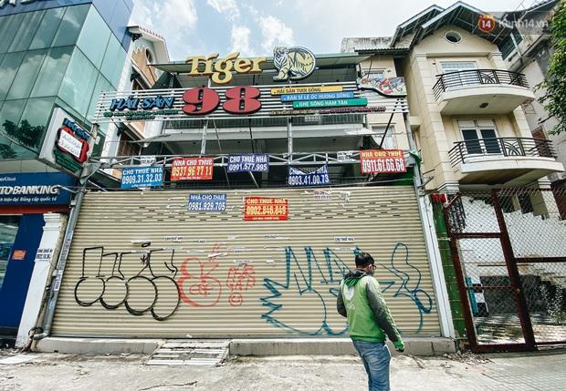 Hơn nửa năm đóng cửa vì dịch Covid-19, giá thuê mặt bằng trên đường Phan Xích Long vẫn chưa hạ nhiệt - Ảnh 10.