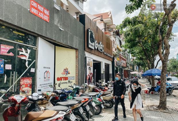 Hơn nửa năm đóng cửa vì dịch Covid-19, giá thuê mặt bằng trên đường Phan Xích Long vẫn chưa hạ nhiệt - Ảnh 14.