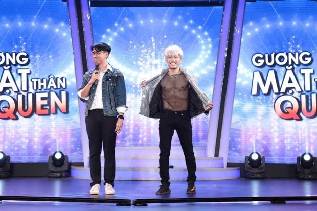 Rời công ty Đông Nhi, Anh Tú The Voice gây sốt khi trở thành ca sĩ bí ẩn hỗ trợ dàn thí sinh Rap Việt - Ảnh 11.
