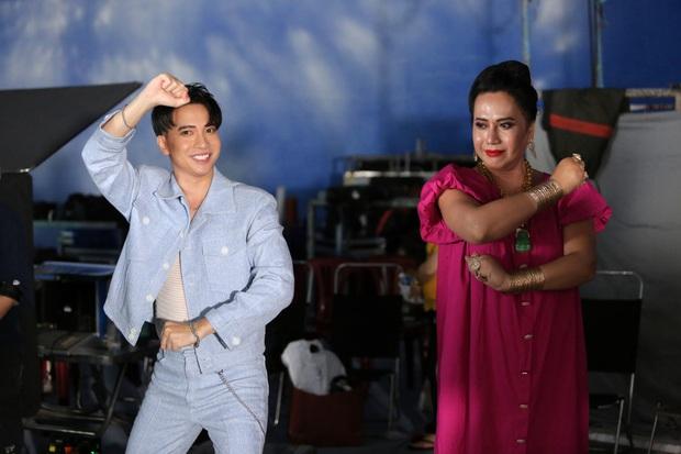 Bất ngờ chưa: Chi Dân và Ninh Dương Lan Ngọc sẽ cùng xuất hiện trong MV của S.T Sơn Thạch, Võ Hoàng Yến và cô Minh Hiếu cũng chung vui! - Ảnh 3.