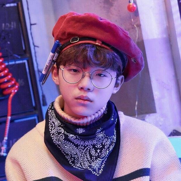 Những nghệ sĩ từng công khai đá xéo BTS: Rapper 15 tuổi gọi RM là thiểu năng nhưng gắt nhất là màn rap diss của Bobby (iKON) - Ảnh 1.