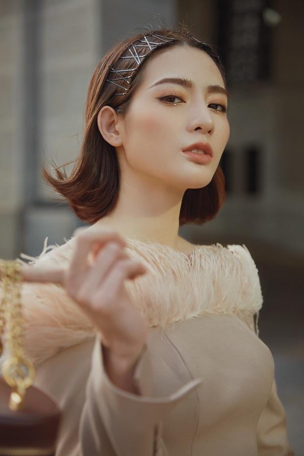 Bà bầu Thúy Vân được chồng chăm từng miếng ăn trong hậu trường show - Ảnh 14.