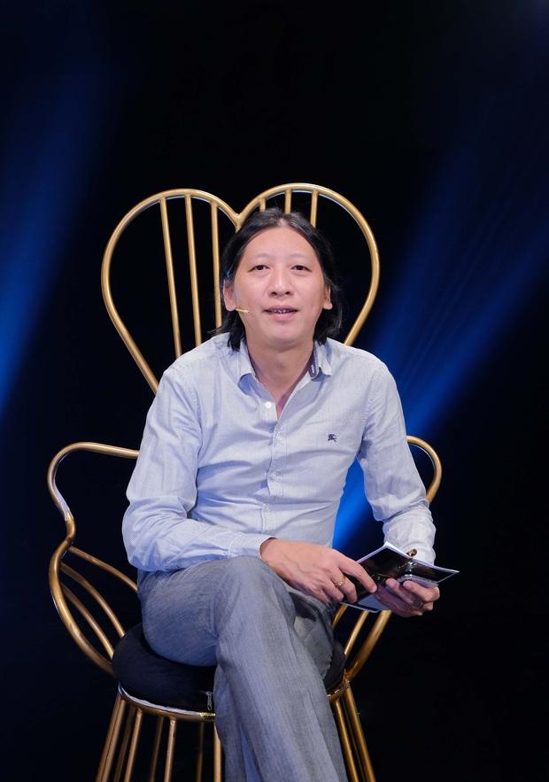Bà bầu Thúy Vân được chồng chăm từng miếng ăn trong hậu trường show - Ảnh 7.