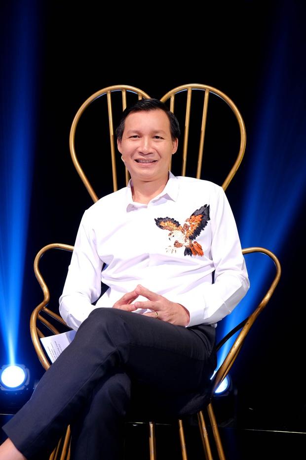 Bà bầu Thúy Vân được chồng chăm từng miếng ăn trong hậu trường show - Ảnh 6.