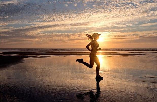 Bạn đã bao giờ thử duy trì chạy bộ hàng ngày chưa? - Ảnh 2.