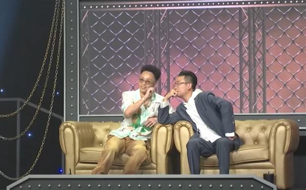 Kề vai áp má cực tình cảm, JustaTee & Rhymastic là cặp đôi đam mỹ mới của Rap Việt? - Ảnh 2.