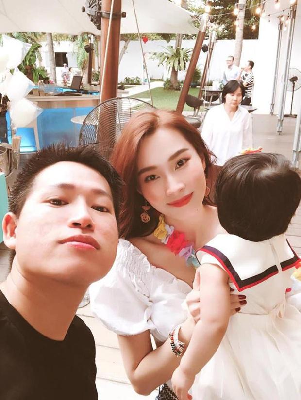 Soi tủ đồ ú ụ của các bé cưng nhà sao Việt: Đàm Thu Trang tậu cho con tủ đồ hoành tráng nhưng chưa phải là nhất - Ảnh 15.