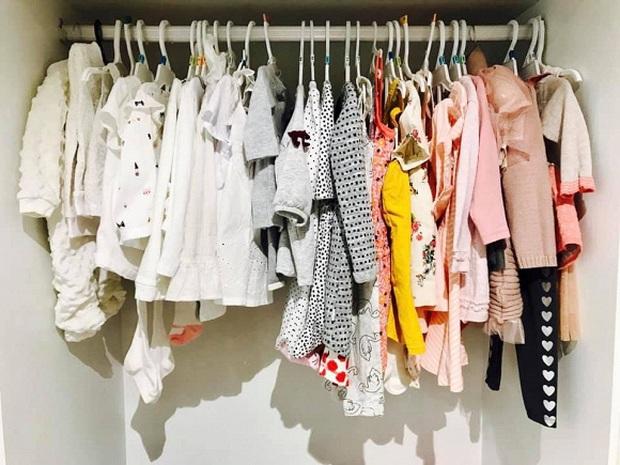 Soi tủ đồ ú ụ của các bé cưng nhà sao Việt: Đàm Thu Trang tậu cho con tủ đồ hoành tráng nhưng chưa phải là nhất - Ảnh 7.