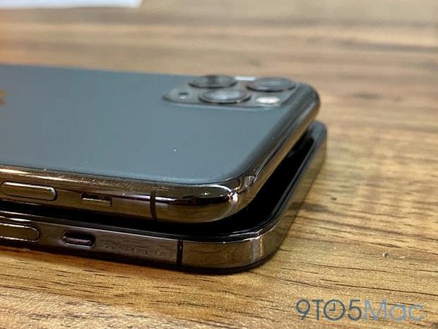 iPhone 12 tiếp tục rò rỉ hình ảnh, mang vóc dáng giống iPhone 4? - Ảnh 1.