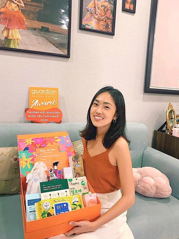 """Cận cảnh Misoa đập hộp 9 món mỹ phẩm Hàn, Nhật """"hot"""" nhất tại Guardian khiến tín đồ làm đẹp mê tít - Ảnh 1."""