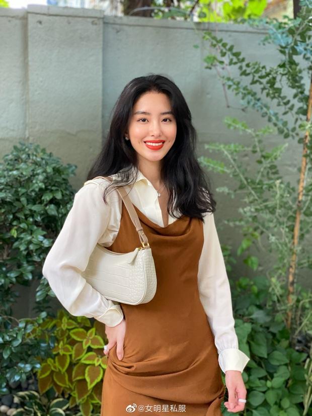 Người tình của cha nuôi Lưu Diệc Phi: Nhan sắc chẳng kém thần tiên tỷ tỷ, style đẹp như gái Pháp khiến dân tình mê mẩn - Ảnh 3.