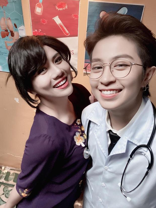 Bức ảnh gây lú nhất MXH hôm nay thuộc về Gil Lê - Duy Khánh: Chàng xinh gái, nàng thì đẹp trai hết phần thiên hạ - Ảnh 2.