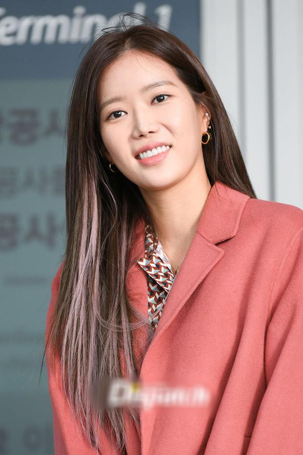 Nữ diễn viên Khi Em Đẹp Nhất gặp tai nạn ở hậu trường phim mới - Ảnh 1.