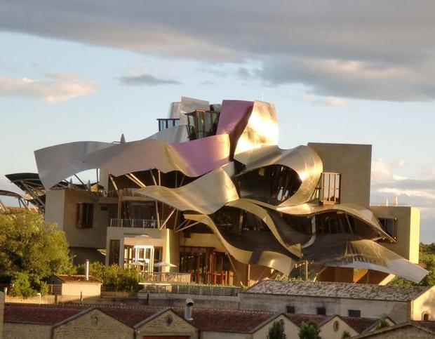 Những kiến trúc như bước ra từ giấc mơ sẽ khiến bạn phải search Google xem chúng có thật hay không - Ảnh 12.