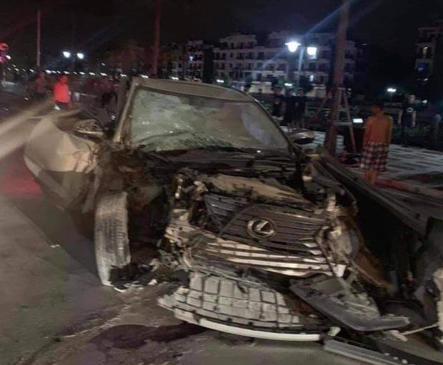 Hiện trường xe điên Lexus gây tai nạn liên hoàn khiến nữ công an phường tử vong - Ảnh 1.