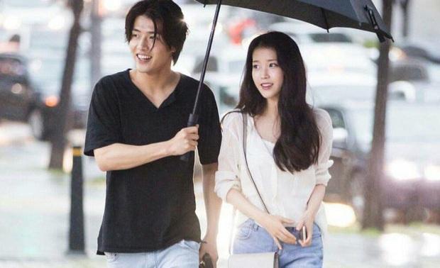 Kang Ha Neul tái ngộ bồ cũ IU và anh em chí cốt Park Seo Joon ở phim điện ảnh mới - Ảnh 6.