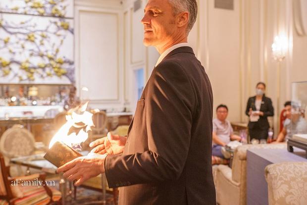 Giải trí thời Covid, các buổi tiệc giới hạn số lượng lên ngôi, nhiều người sẵn sàng bỏ gần 4 triệu đồng để vừa ăn tối vừa xem ảo thuật trong 2 tiếng - Ảnh 2.