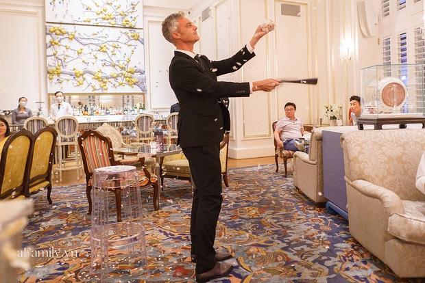Giải trí thời Covid, các buổi tiệc giới hạn số lượng lên ngôi, nhiều người sẵn sàng bỏ gần 4 triệu đồng để vừa ăn tối vừa xem ảo thuật trong 2 tiếng - Ảnh 5.