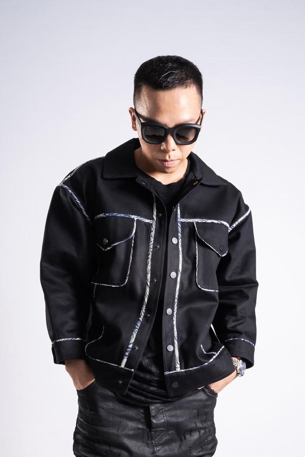 Đứng sau những phần thi ấn tượng tại Rap Việt là ekip quá xịn, từ Giám đốc âm nhạc đến DJ, ca sĩ hỗ trợ đều chơi nhạc cực đỉnh! - Ảnh 1.